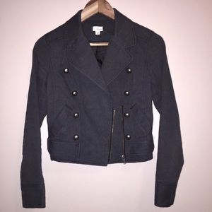 GREAT CONDITION button detail cropped blazer